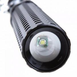 Lampe de Poche LED Télescopique pour Auto Défense
