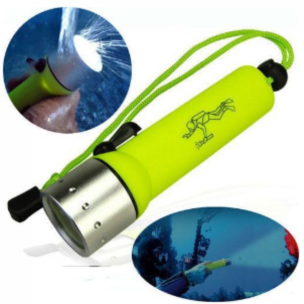 Mini Lampe Torche de Plongée Q5